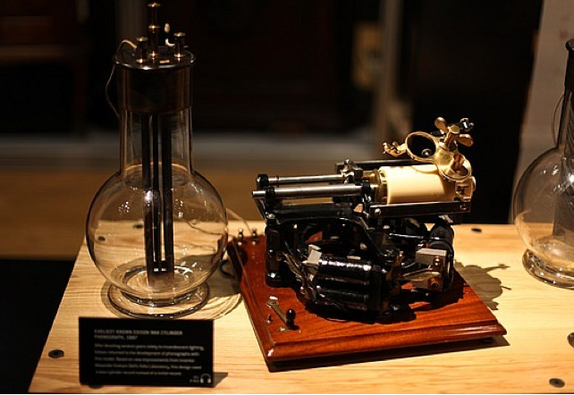 Early Thomas Edison Phonograph Recorder With White Earwaxy Cylinder Molded By Shawn Borri